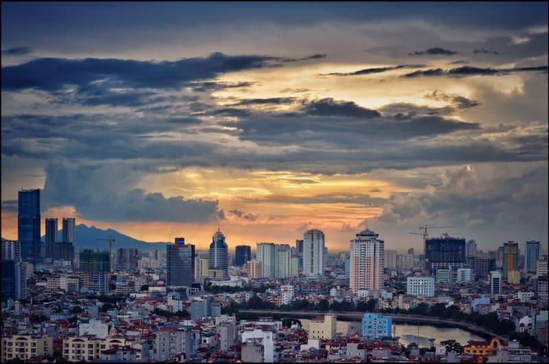 Nhà cao tầng ở Hà Nội